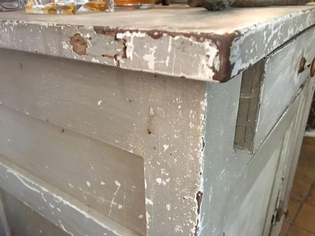 buffet-detail-patine-usure